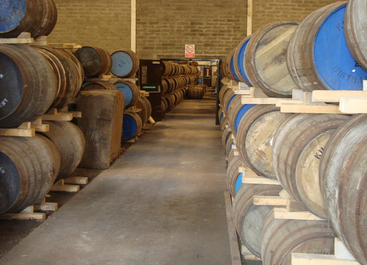 volle warehouses bei Kilchoman