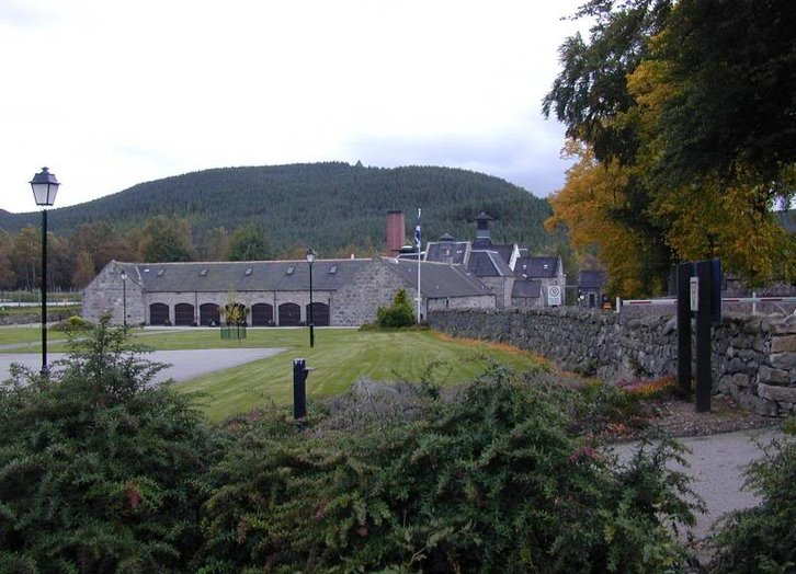 Royal Lochnagar Distillery, Active © Diageo